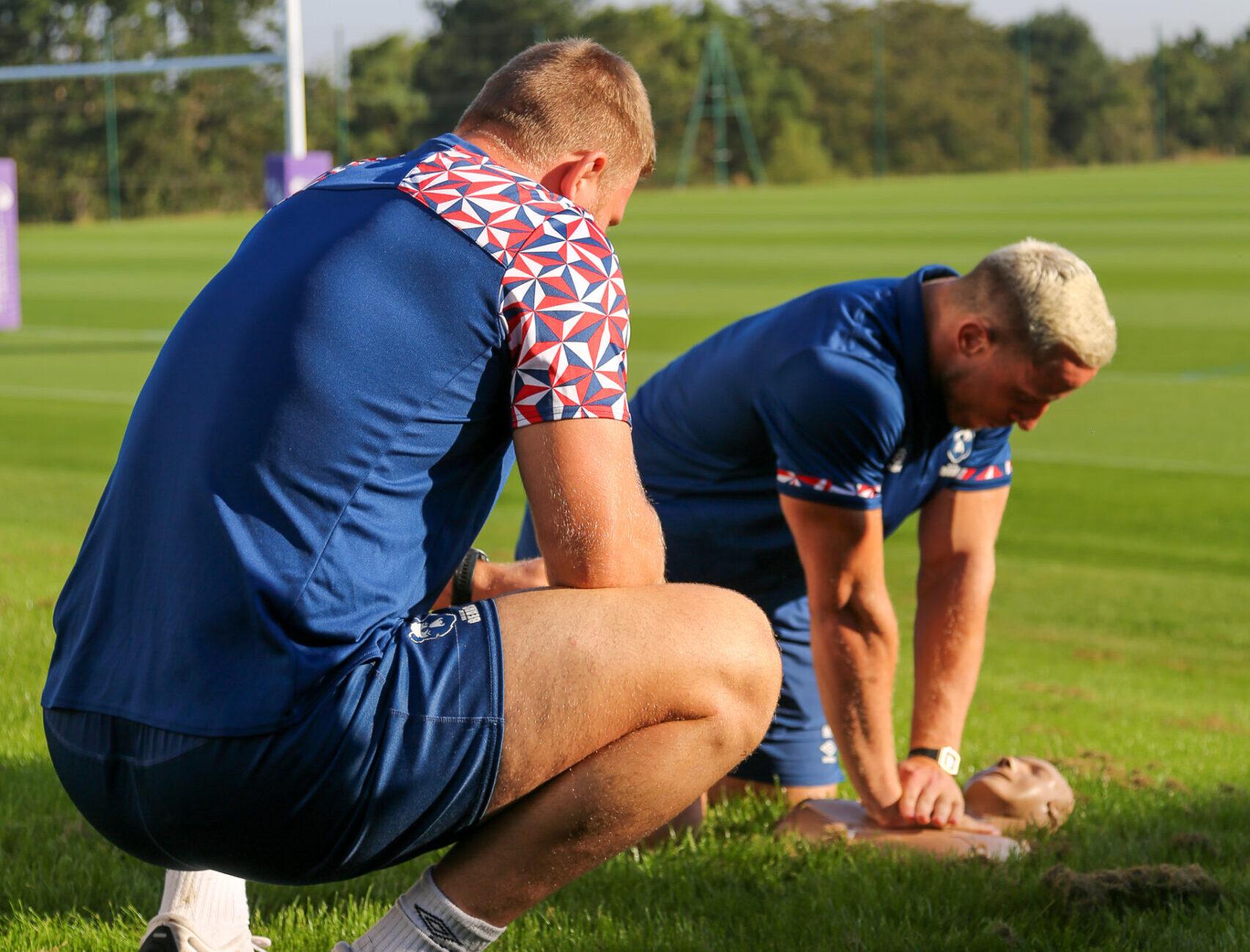 Critical care team teach lifesaving CPR skills to Bristol Bears Premier Rugby Squad